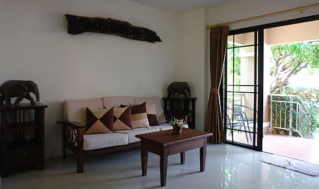 Fully furnished 3 BR house for rent in Saraphi