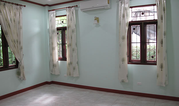 4 bedroom home in Chiang Mai city for rent