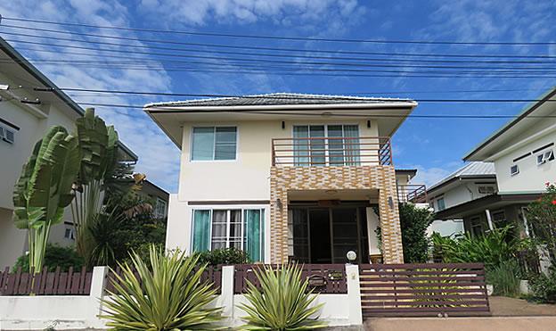 3 BR home for rent along San Kamphaeng Road