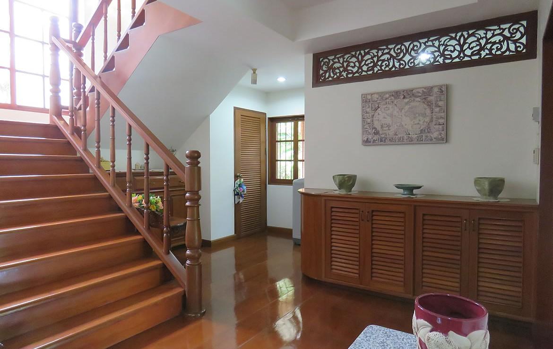 Teak wood house for sale in Doi Saket