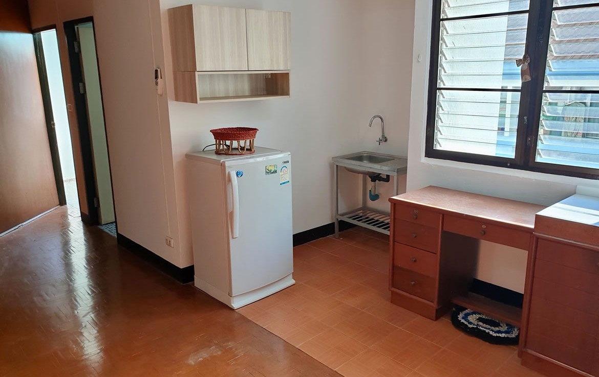 Chiang Mai condo for sale @ Sritana Condominium